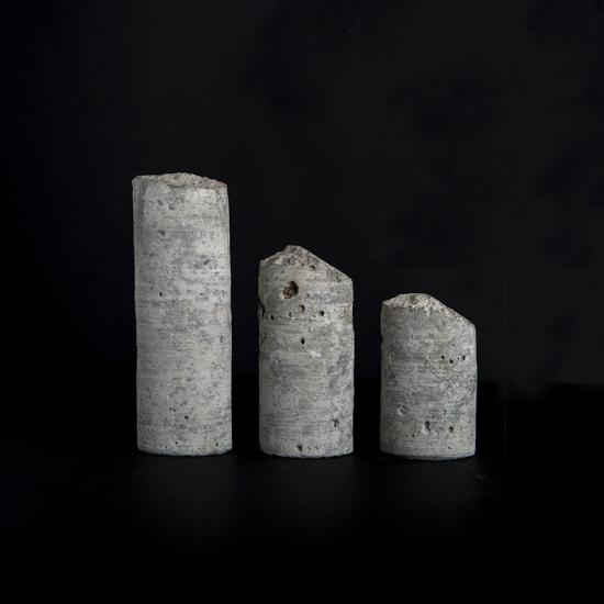 Trois cylindres de béton, Berlin, 2002 © Stéphane Louis, 2014